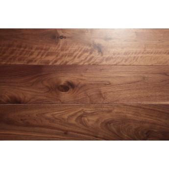 Паркетная доска Universal Flooring Американский Орех Прайм с фаской